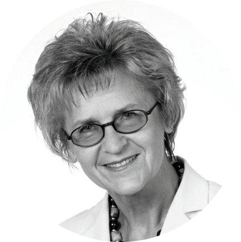 dr Alicja Adamczak